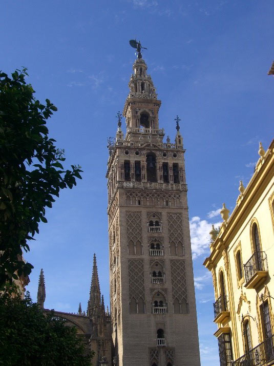 Photo 9. The Giralda.