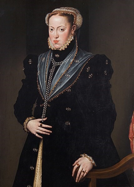 Maria, daughter of Emperor Charles V and wife of Emperor Maximilian II.  Anon. c. 1557 Kunsthistorisches Museum, Vienna  [Public domain], via Wikimedia Commons