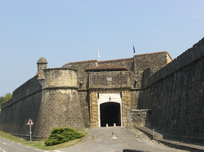 Gateway in the walls of Navarrenx. The town controlled access to important routes across the Pyrenees and into Navarre.