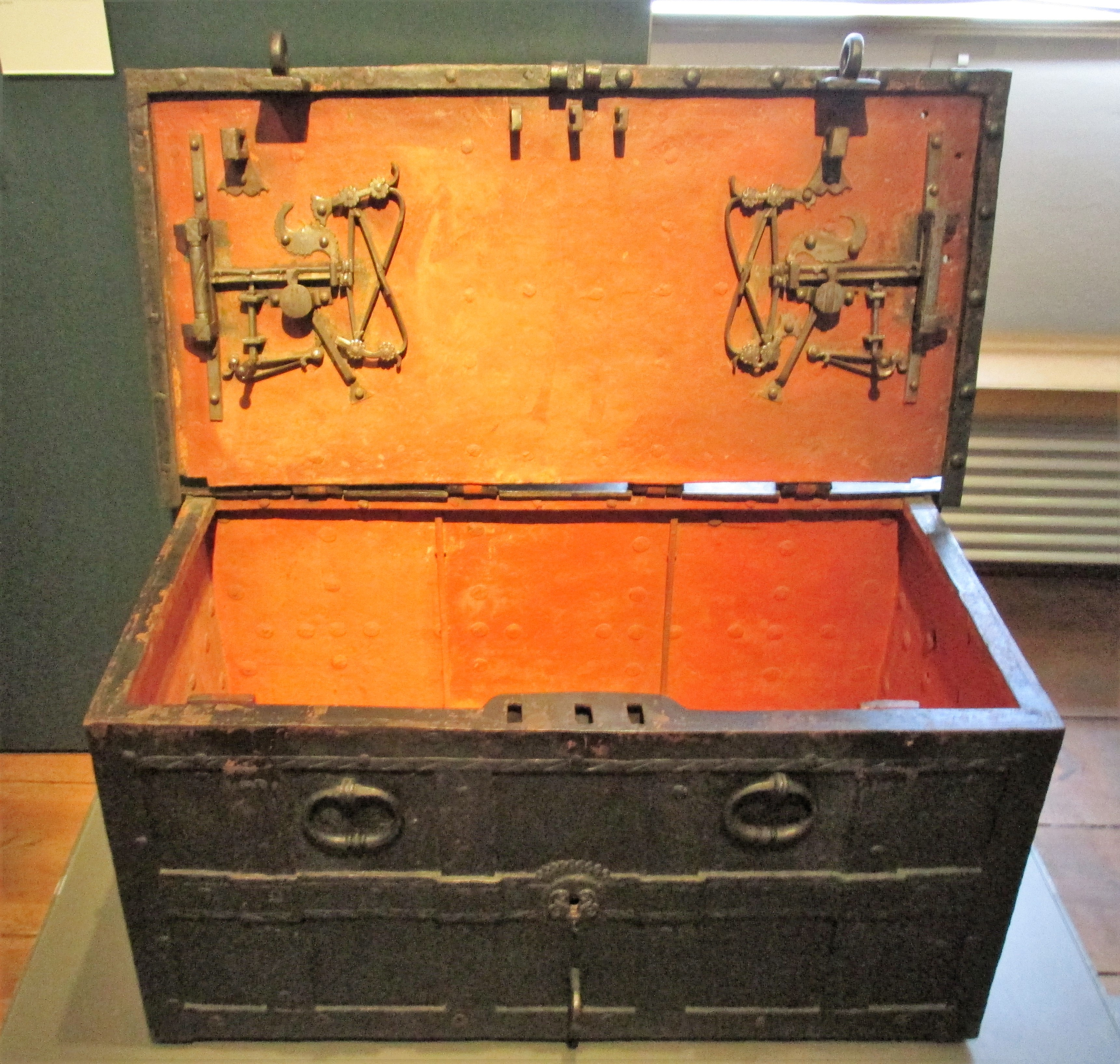 Chest, with intricate locks, where the funds collected by Luther's church were kept.